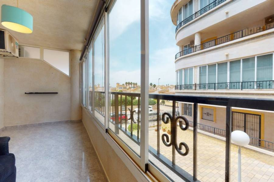 Apartment - Sale - Playa Flamenca - Orihuela Costa