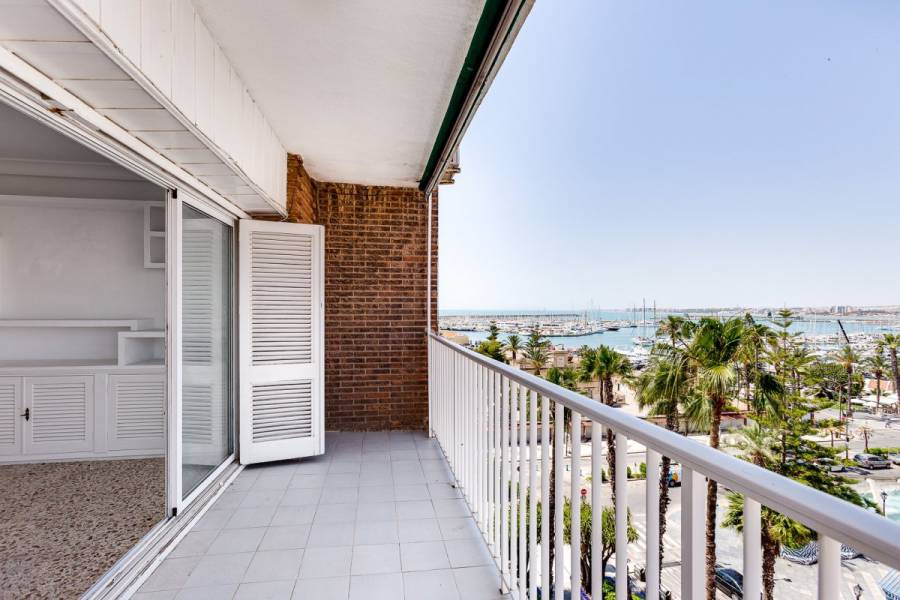Apartment - Sale - Puerto - Torrevieja