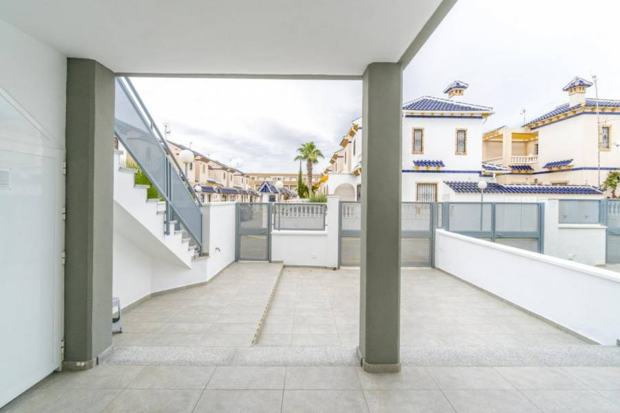 Sale - Ground floor - Las Mimosas - Orihuela Costa