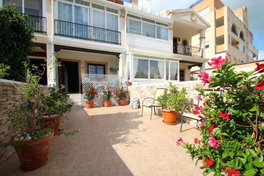 Townhouse - Sale - Las Filipinas - Orihuela Costa